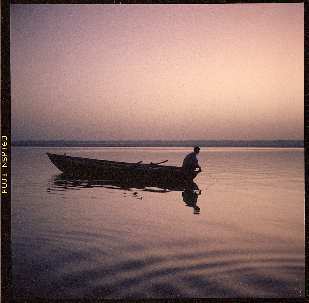 fisherman_ganges