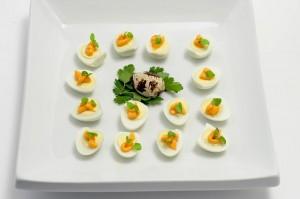Quail eggs with spicy mayo and fresh oregano