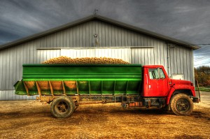 potatoe truck_tonemapped